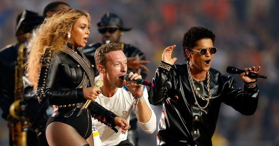 Chris Martin Upstaged by Beyonce? Check Out These Hilarious Super Bowl 50 Memes!