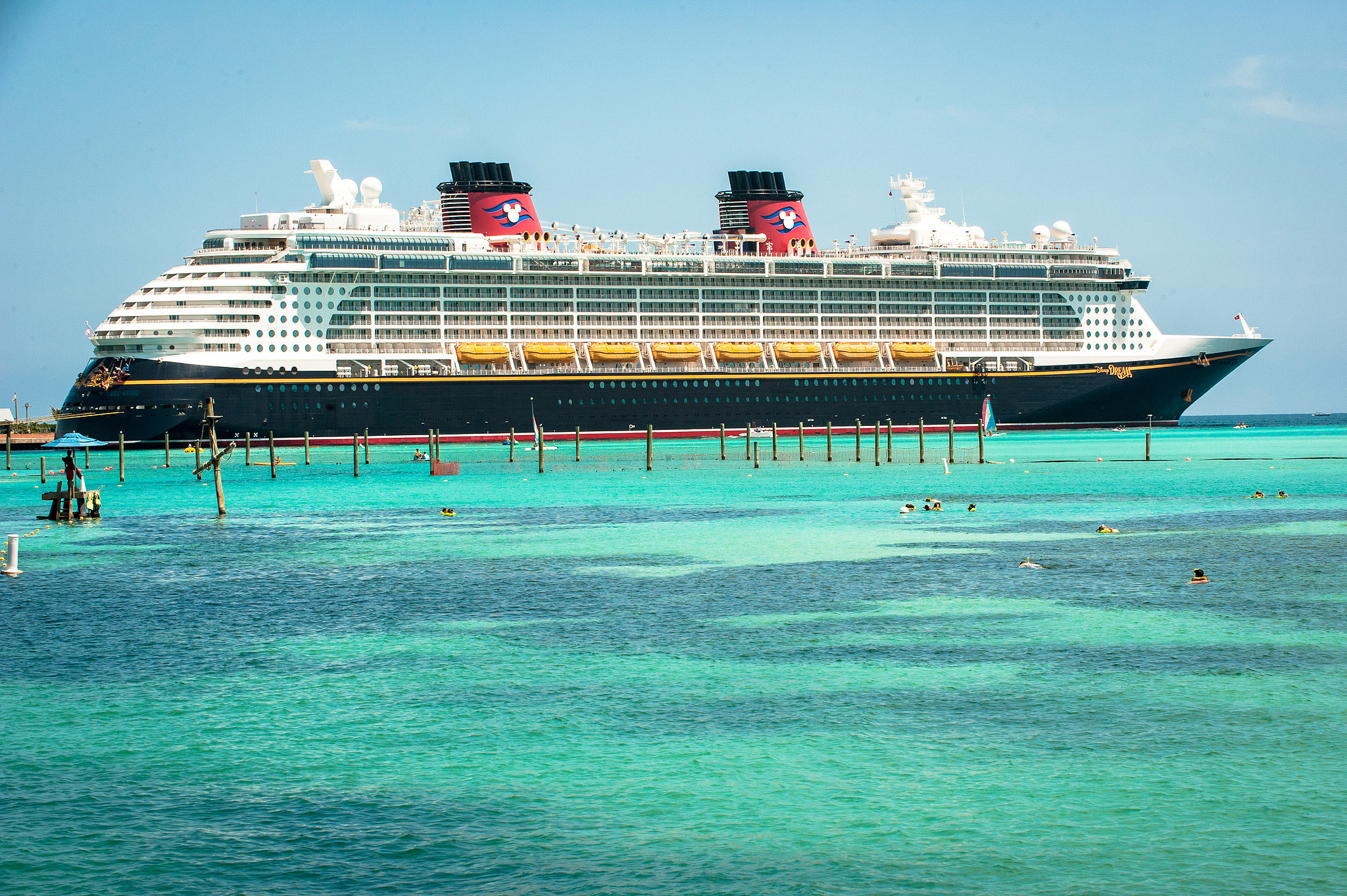How Disney Friends Play at Castaway Cay | Disney Parks Blog |Castaway Cay Disney Cruise Line
