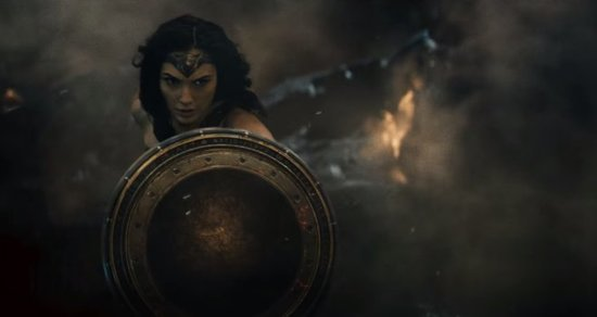 'Batman v Superman: Dawn of Justice' Final Trailer Kicks Major Ass