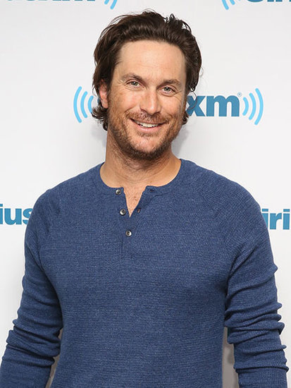 Oliver Hudson Objects to Ryan Reynolds' Sexiest Dad Alive Title ... and Is Holding a Grudge