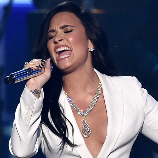 Demi Lovato Sings the Lionel Richie Tribute at 2016 Grammys
