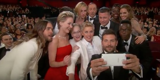 8 Unbelievable Moments That Have Made Oscars History (VIDEOS)