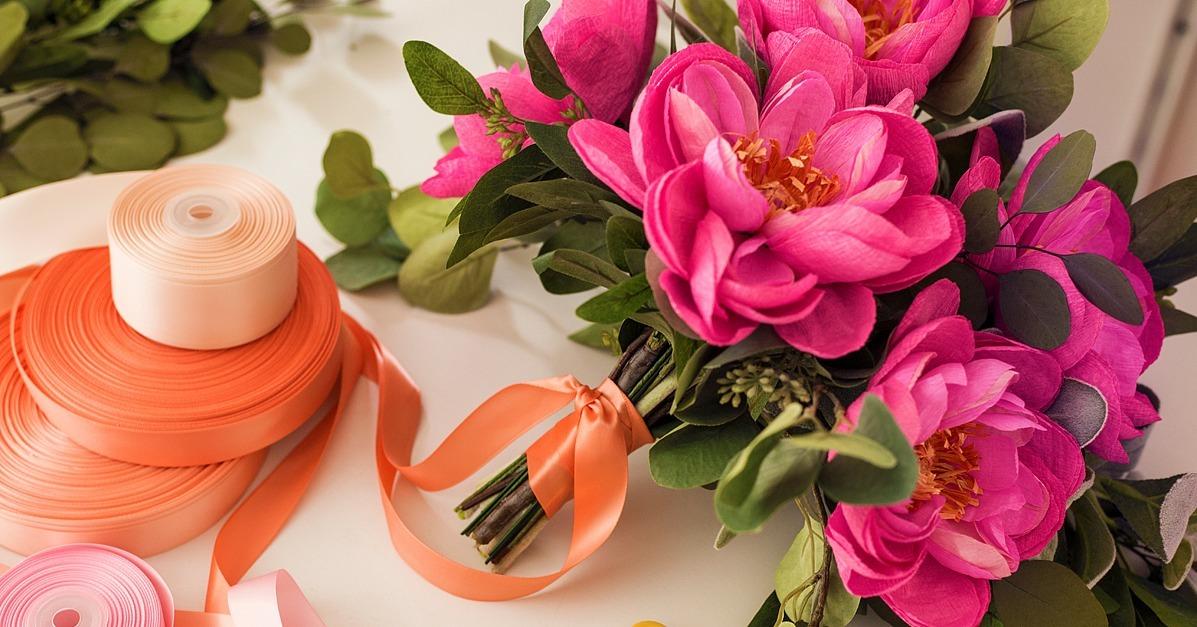 How To Make A Diy Paper Bouquet Popsugar Home