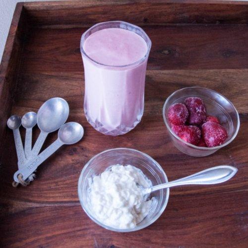 Strawberries 'N' Cream Protein Smoothie