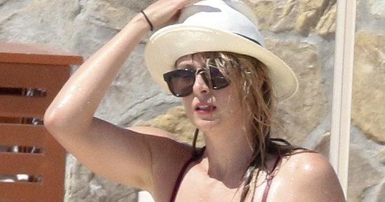 Maria Sharapova Is Red Hot In A Red Bikini