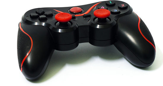 Selfless Playstation Worker Customizes Controller For Gamer With Cerebral Palsy