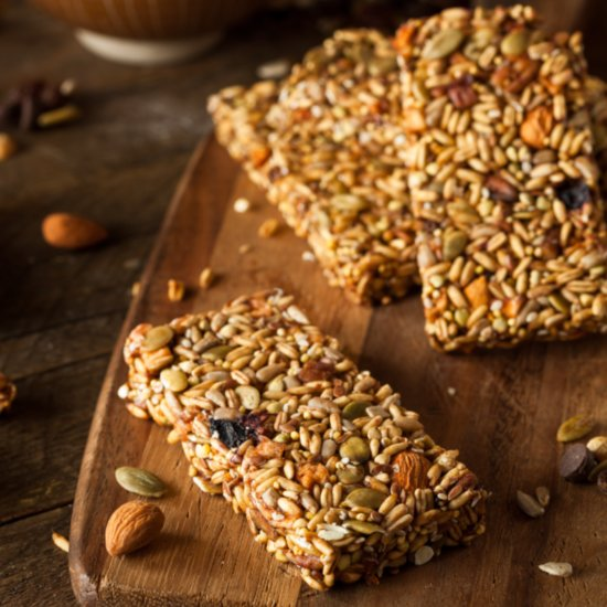How Much Sugar is in Healthy Protein and Granola Snack Bars?