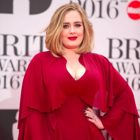 Adele Proves She's a Pro on Stage After Her Sound Fails During a Song