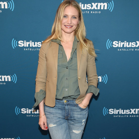 Cameron Diaz Wears Distressed Boyfriend Jeans