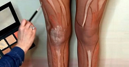 Women Are Contouring Their Legs (?!) In the Latest Beauty Trend