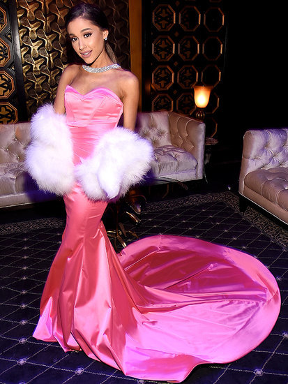 Gentlemen Prefer Brunettes: Ariana Grande Dons Marilyn Monroe-Inspired Gown to MTV Movie Awards