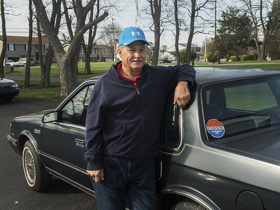 Former White House Gardener Selling Hillary Clinton's Old Wheels After His Daughter Refuses to Drive What 'Looks Like Old-Lady C