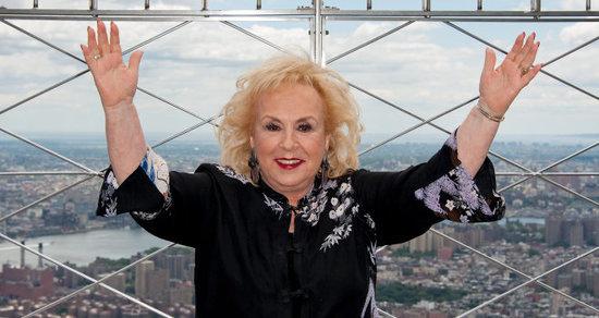 Doris Roberts, 'Everybody Loves Raymond' Star, Dies at 90