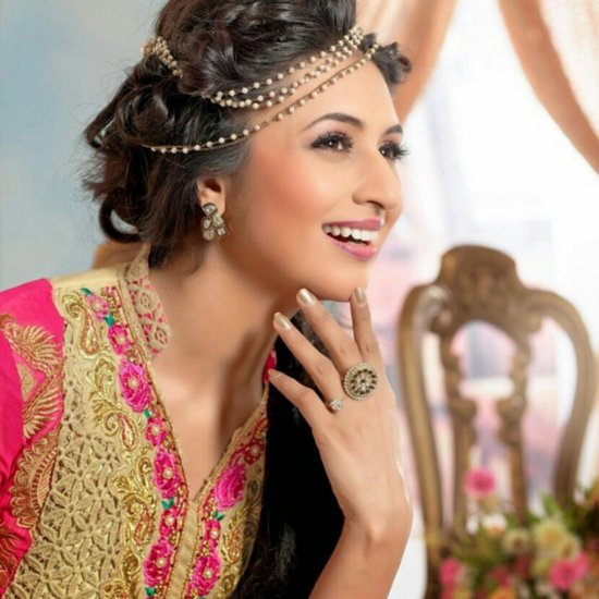 Divyanka Tripathi's Best Beauty Looks