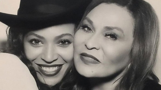 Tina Knowles Praises Daughter Beyonce for Bringing 'Healing and Hope to the Universe,' Shows Her Drinking Lemonade