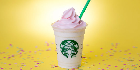 Starbucks' Birthday Cake Frappuccino Is Back For A VERY Short Time