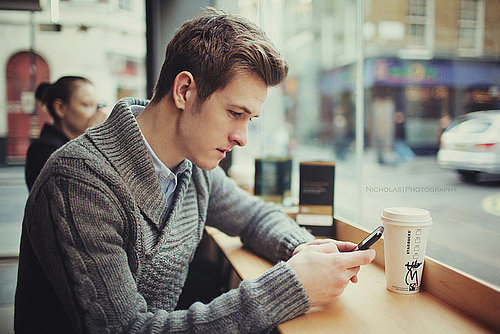 8 Texts Guys Never Want to Receive