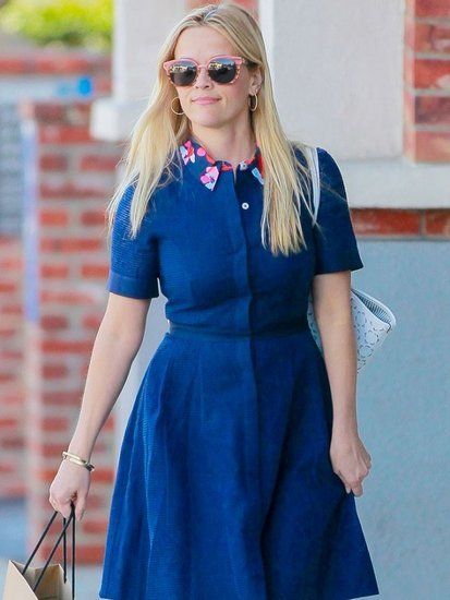 The Only Shoe Style You Need for Summer Parties, According to Reese Witherspoon