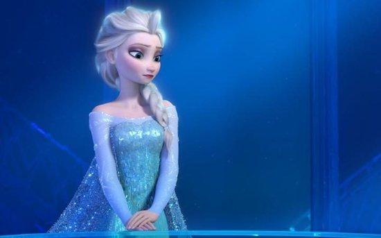 Twitter Wants Elsa To Be A Lesbian In The 'Frozen' Sequel, Calling For Disney To #GiveElsaAGirlfriend