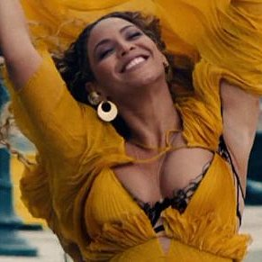 Beyoncé Continues to Dominate With Incredible Album Sales