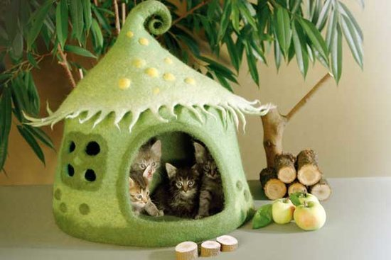 These Felted Cat Beds Are Part Dr. Seuss, Part Tim Burton