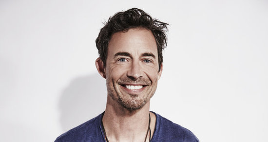 'The Flash' Star Tom Cavanagh Talks Taking on Multiple Versions of Harrison Wells