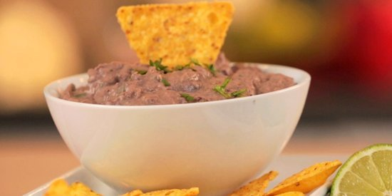 A Special Ingredient Makes This Black Bean Dip Anything But Boring