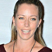 Kendra Wilkinson's co-sleeping schedule is...detailed
