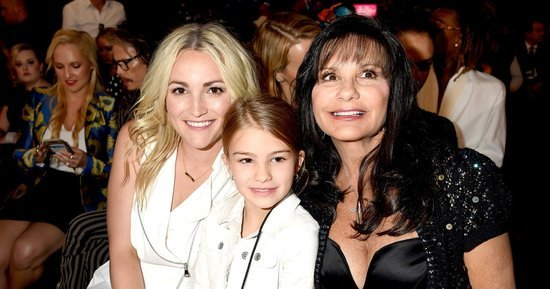Britney Spears' Family Comes Out to Support Her for Big 'Billboard' Music Awards 2016 Performance