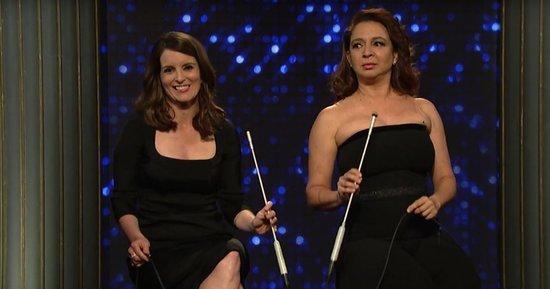Tina Fey and Maya Rudolph Sing a Musical Medley