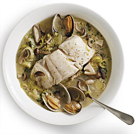 Fast, Easy Recipe for Braised Halibut With Leeks, Mushrooms, and Clams
