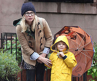 Photo of Michelle Williams and Matilda Ledger in the Rain in NYC