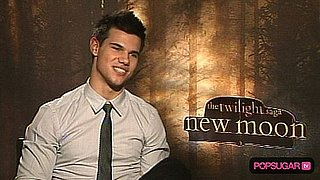 Exclusive Interview: Taylor Talks Loyalty, Humor, and Team Jacob Fans!