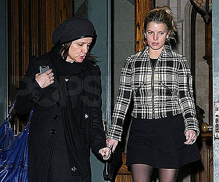 Slide Photo of Jessica Simpson and Tina Simpson in NYC