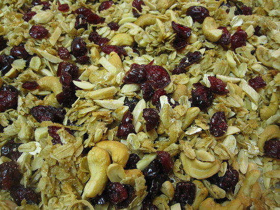 Cranberry Almond and Cashew Granola Recipe