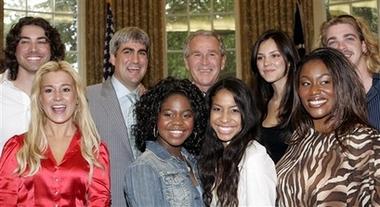 American Idols Visit Bush