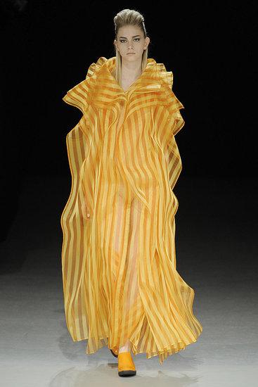 Paris Fashion Week: Issey Miyake Fall 2009