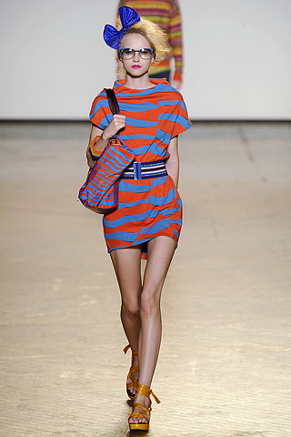Spring 2010 Trend Report: Graphic Red and Blue