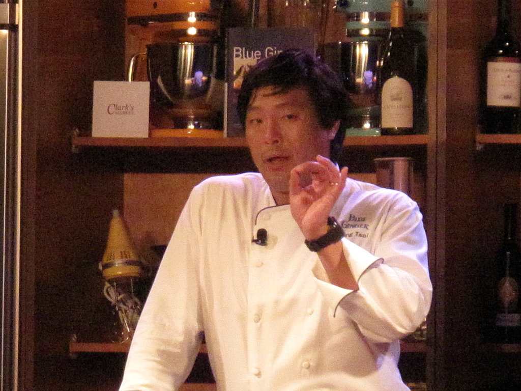 Photos: Ming Tsai Makes Tempura — And Many a Joke