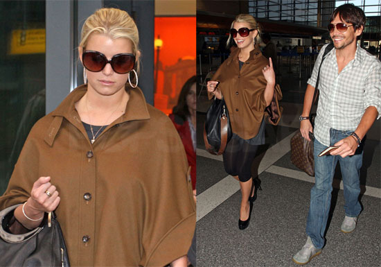 Photos of Jessica Simpson, Ken Paves, Joe Simpson Flying from LAX to London