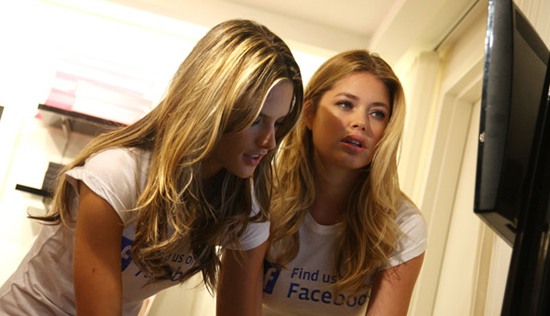 Thousands Flock to Facebook to Grab Usernames