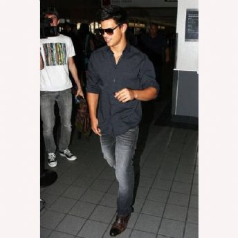 S+++ You So Need To Get: Taylor Lautner's J. Brand Denim Co Jeans