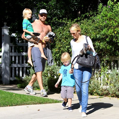 Shirtless Liev Schreiber With Naomi Watts and Kids Pictures