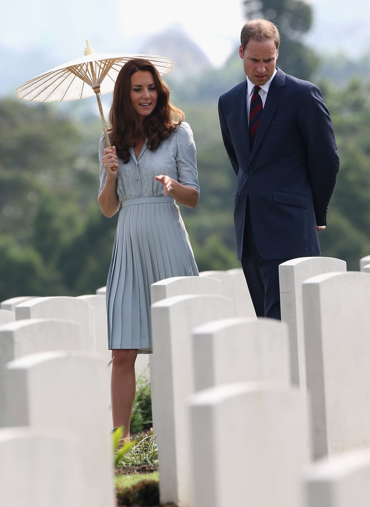 Prince William and Kate Middleton visited grave sites at the Kranji War Memorial in Singapore.