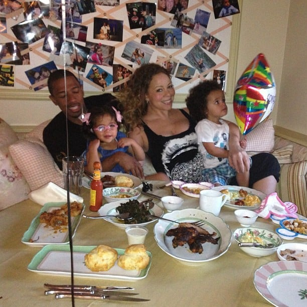 Nick Cannon and Mariah Carey had a family dinner with their twins, Moroccan and Monroe. Source: Twitter user MariahCarey