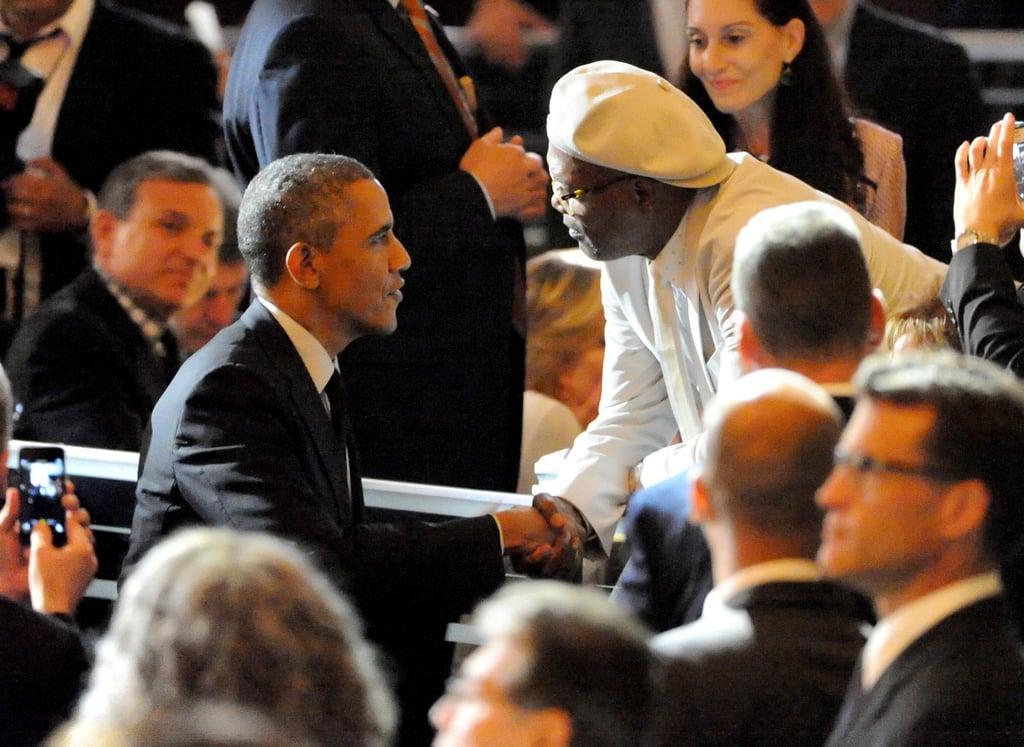 President Obama shook hands with Samuel L. Jackson.