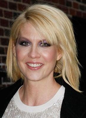 Picture of Jenna Elfman on David Letterman