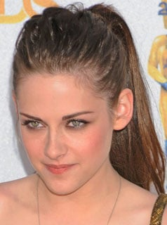 Kristen Stewart Hair How To From the MTV Movie Awards 2010-06-07 14:00:11