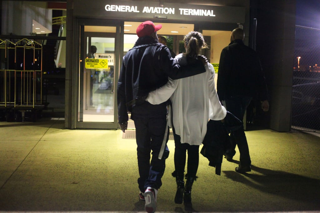 Beyoncé Knowles and Jay-Z were arm in arm to start a trip.