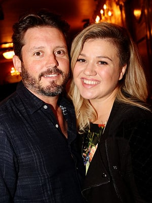 He's Here! Kelly Clarkson Welcomes Her Son - Find Out His Name